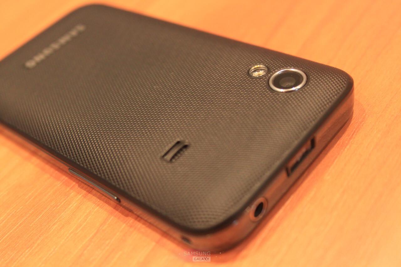 Samsung_Galaxy_Ace_GT_S5830_2